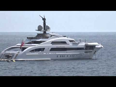 X17 EXCLUSIVE: Jay Z And Beyonce Charter 900,000 Yacht