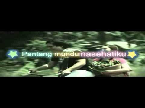 Nenekku Pahlawanku - Wali Band with lyrick