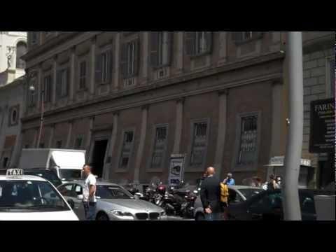 Getting Taxi at Roma Termini - Via Marsala