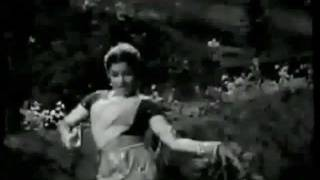 Aaja kaare badra..lajwanti-geeta dutt-majrooh-s d burman-tribute to nightingale Geeta dee