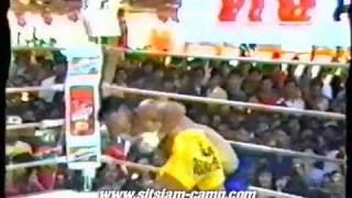Ol' skool Thai fighter vs Burmese fighter