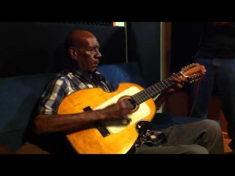 """Tres solo - Don Mario Hernandez """"Mi Vacilon"""""""