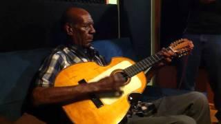 Tres solo - Don Mario Hernandez