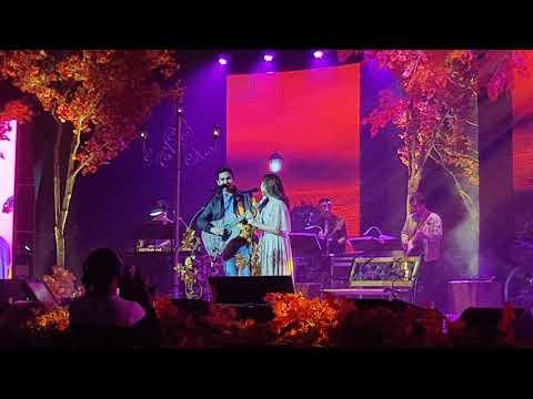 Kilig number of Moira dela Torre and bf Jason singing Perfect