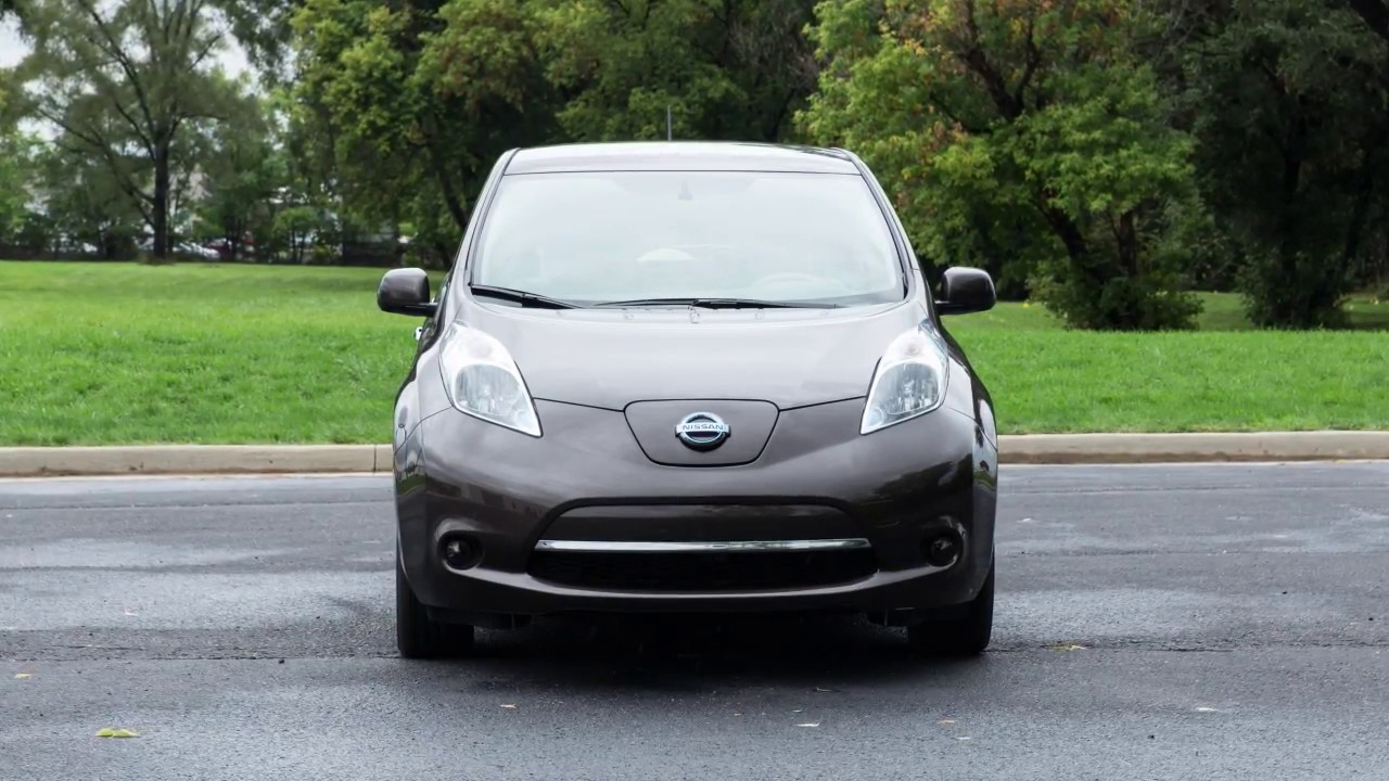 2017 Nissan Leaf Audio System With Navigation If So Equipped