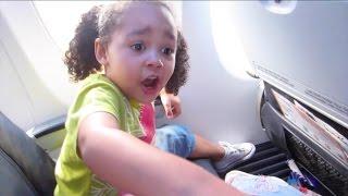 getlinkyoutube.com-Kids React To First Flight On Airplane - Kids Singing Songs & Dancing | Toys AndMe