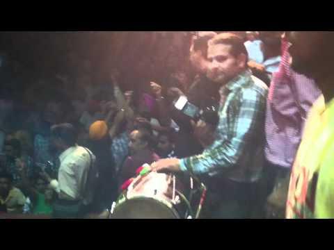 Resham Singh Anmol  live at P U Chandigarh ( Law Auditorium)