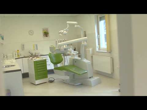 Dentist with affordable dentures in Hungary