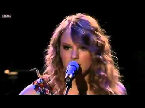 Taylor Swift -Fearless/HeySoulSister/I'm Yours (Acoustic)