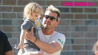 Gavin Rossdale Takes His Sons Apollo, Zuma & Kingston To The Park To Play 11.19.16