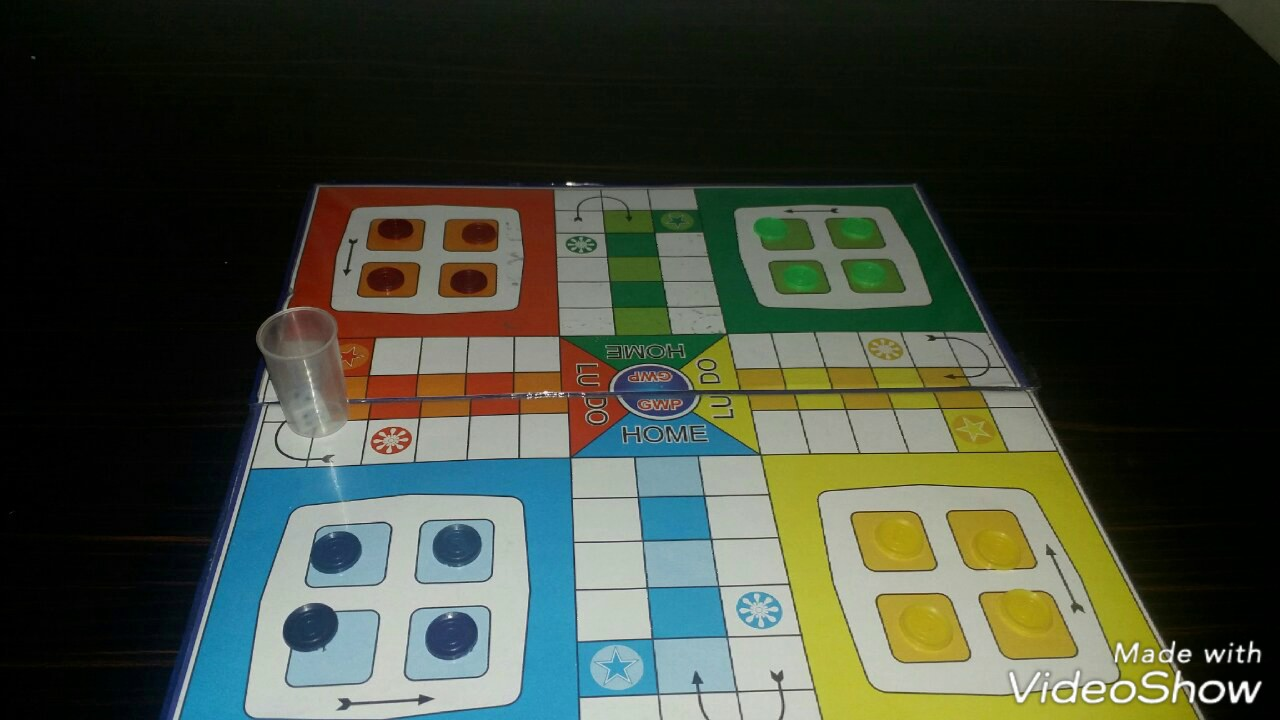 How To Play Ludo In Hindi And English Youtube