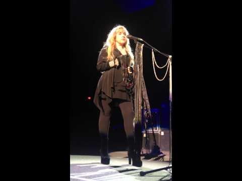 Say Goodbye Live (Emotional performance) – Fleetwood Mac 12/30/13 Las Vegas
