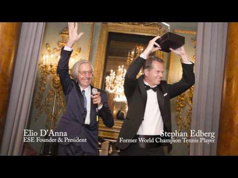 Mr. Stefan Edberg Receives ESE Sportsmanship Award