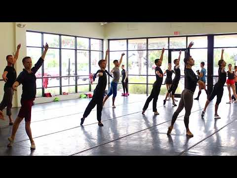 Moscow Ballet's Great Russian Nutcracker Behind the Scenes