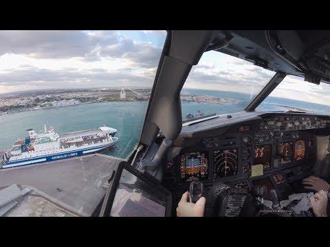 25kts Crosswind Landing Brindisi RW31 - Boeing 737