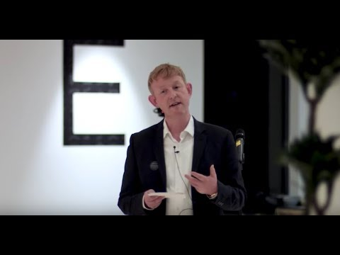 How technology has impacted on our relationships | Chris Sherwood | TEDxGreekStWomen