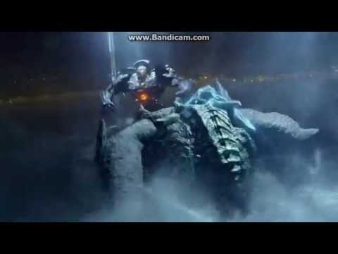 Gipsy Danger VS Leatherback EPIC BATTLE EPICA BATALLA