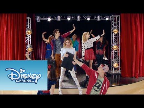 """Violetta: Momento Musical: Todos ensayan """"En Gira"""""""