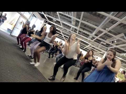 Flashmob aanzoek bij Ikea