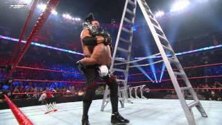 Edge captures Kane's World Heavyweight Championship