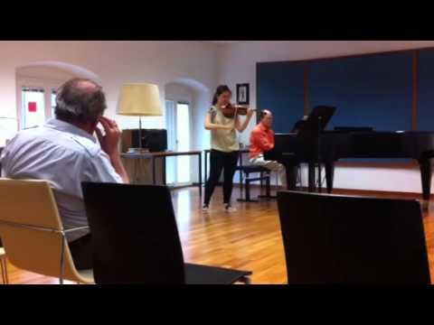 Igor Ozim explains u how to play 2nd mov double stops Sibelius