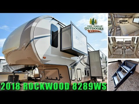 New 2018 ROCKWOOD 8289WS Signature Ultra Lite Fifth Wheel Rear Living Room Colorado RV