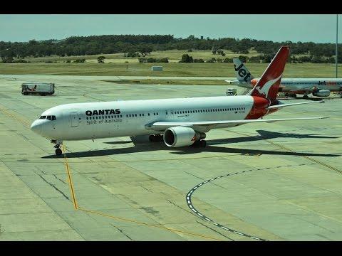 QF767 : Final Flight Of A Qantas Boeing 767 (Melbourne To Sydney)