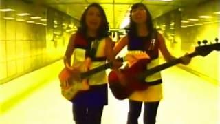 Candy Rock album (2003) Naoko - vocals, guitars Atsuko - bass Mana ...