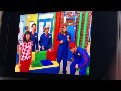 Imagination movers jump up