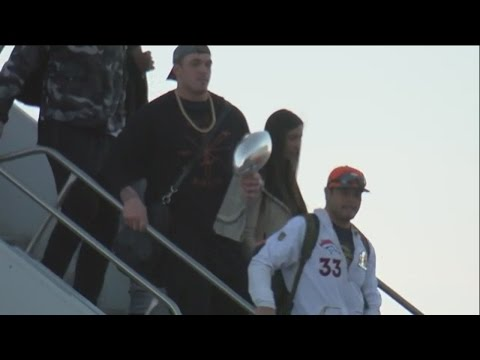 Raw Video: Broncos and Lombardi Trophy return to Denver