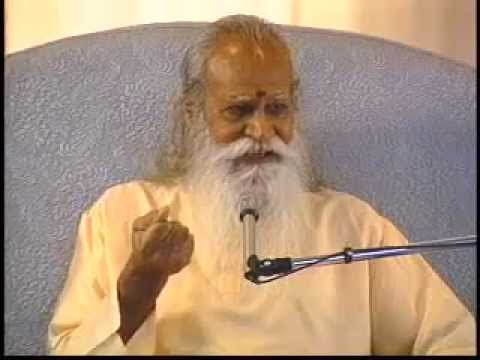 """Let It Go"" - A Talk by Swami Satchidananda (Integral Yoga)"