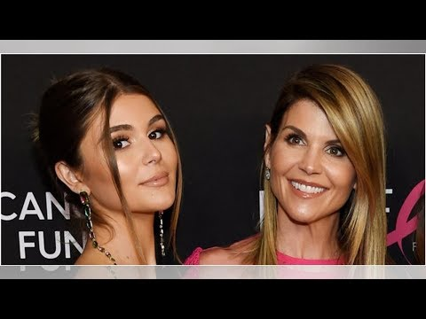 Lori Loughlin's daughter Olivia Jade reportedly 'fully knew' her parents were part of the college... thumbnail
