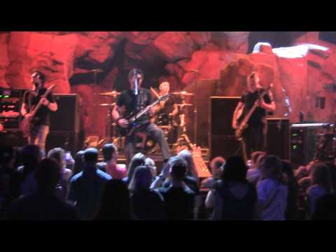 Crossfade - Starless,Live..