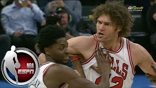 Robin Lopez held back by Bulls teammates after getting ejected vs. Kings | ESPN