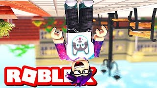 PLAYING ROBLOX UPSIDE DOWN