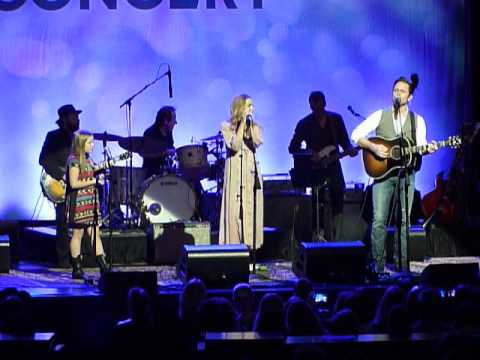 Lennon & Maisy Stella w/ Chip Esten - Believing @ Rosemont Theater - 05/05/15