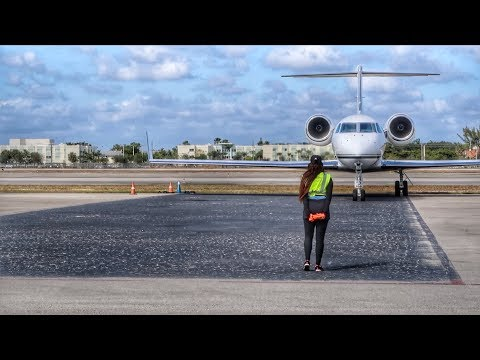 PILOT CAREER flying PRIVATE AIRPLANES! - Cancun to Miami FLIGHT VLOG!