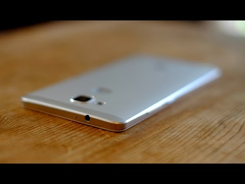 Видео обзор смартфона Huawei Ascend Mate 7 16 Гб серебристый