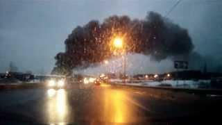 Пожар в Подольске 31 марта 2013 года.(Пожар в Подольске тушат уже более 12-ти часов. Начался пожар 31 марта, около 20-15 по мск, на утро 1-го апреля, огон..., 2013-04-01T08:48:59.000Z)