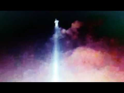 JESUS OR ARCHANGEL APPEARS OVER ONE WORLD TRADE CENTER!