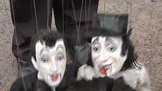 куклы-марионетки в руках мастера - настоящее чудо!  Puppet dolls