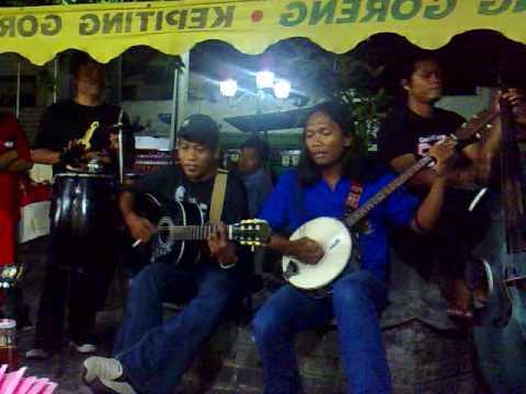 JOGJAKARTA (pengamen malioboro) fishin'acoustic band part2
