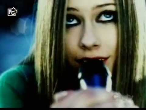 Avril lavigne - Starville Documentary 02/24/2005
