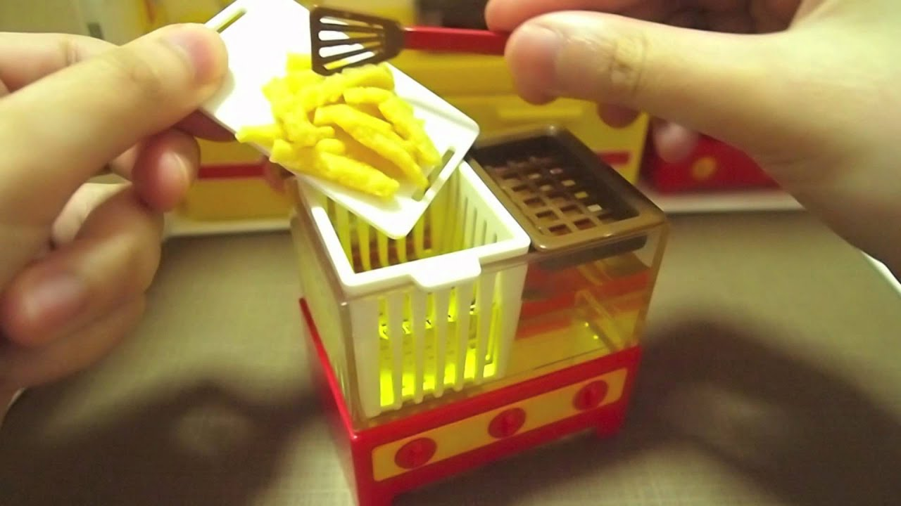 Playing with konapun 9 hamburger kitchen doovi for Kitchen set toys r us philippines