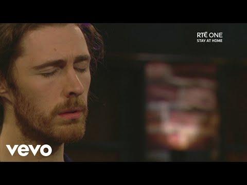 Смотреть клип Hozier - The Parting Glass