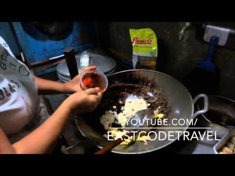 how to cook nasi goreng  Indonesian fried rice Bali street food