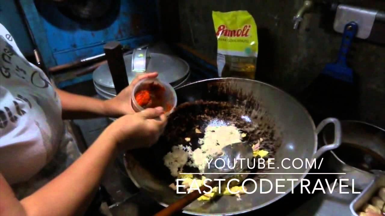 How To Cook Nasi Goreng Indonesian Fried Rice Bali Street Food Youtube