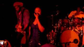 Queen Ifrica - Below the waist - Montego Bay Tour 2010, live