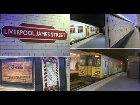Half an Hour at (221) - Liverpool James Street 17.3.2017 - trains at disused platform 2 - Rat hole