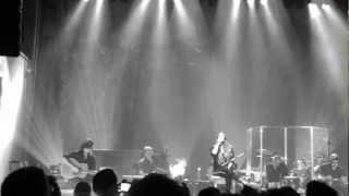 "Alanis Morissette ""Hand in my Pocket"" live in München Munich 14.11.2012"